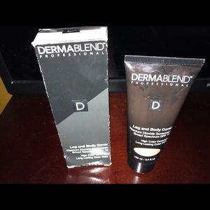 New in Box DermaBlend Leg & Body Makeup